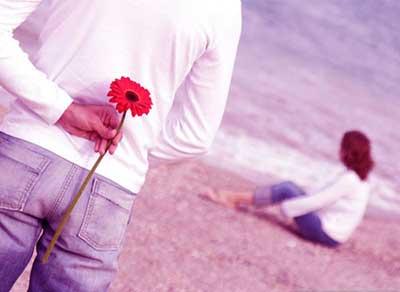ابراز علاقه به همسر,راه های ابراز علاقه,چگونه به زن ابراز علاقه کنیم؟,چگونه به مرد ابراز علاقه کنیم؟,چگونه به پسر ابراز علاقه کنیم؟,چگونه به دختر ابراز علاقه کنیم؟,راه های ابراز علاقه,راه های دوست داشتن,چگونه به کسی ثابت کنیم که دوستش داریم؟,چگونه به همسرمان ثابت کنیم عاشقشیم؟