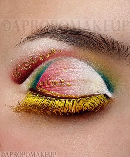 مدل هاي آرايشي و رنگي از چشم هاي زيبا