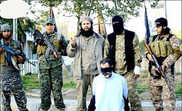 بریدن سر سرباز به دست داعش