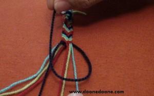ساخت دستبند,دستبند,دستبند دوستي,زيباترين دستبند,بافت دستبند,دستبند بافتني,بافت دستبند دوستي,آموزش دستبند بافي,دستبند بافي