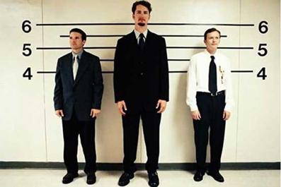 افراد کوتاه قد,ویژگی افراد کوتاه قد,ویژگی افراد بلند قد,مقایسه افراد کوتاه قد با بلند قد,مهمترین ویژگی افراد کوتاه قد,مهمترین ویژگی افراد بلند قد,همسر کوتاه قد بهتر است یا بلند قد؟