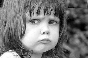 کودک لجباز,ویژگی های کودکان لجباز,بچه های لجباز,بچه های یک دنده,رفع لجبازی کودکان,رفت لجبازی بچه ها,چه بکنیم بچه لجباز به بار نیاید؟,چه بکنیم کودکمان مجباز به بار نیاید؟,راه های کم کردن لجبازی بچه ها,راه های کم کردن یک دندگی در بچه ها و کودکان,ویژگی بچه های کج خلق,رفع کج خلقی در بچه ها و کودکان