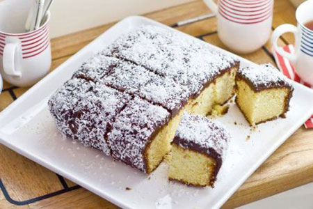 آموزش پخت کیک لامینگتون