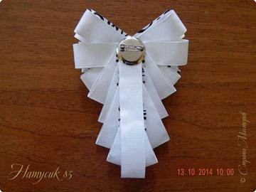 تصاویر گل سینه ساخته شده با روبان