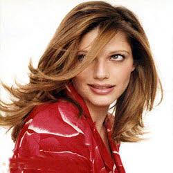 رشد مو,راه های افزایش رشد مو,راه های بلندتر کردن مو,بهترین راه برای افزایش قد مو,راه های پرپشت مو شدن,مدل های موی بلند,مدل های موی پرپشت,موی بلند داشتن برای خانوم ها,چه کنیم تا موی بلند داشته باشیم؟,چه کنیم موهای پرپشت داشته باشیم؟