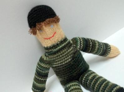 بافت عروسک آدم