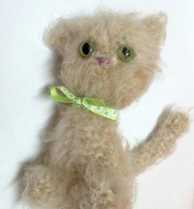 بافت عروسک گربه پشمالو