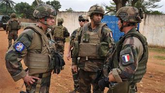 سربازان فرانسوزی,تجاوز سربازان فرانسه به کودکان
