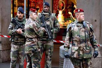 سربازان فرانسه,تجاوز جنسی سربازان فرانسه به کودکان