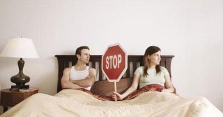 با زن زورگو چگونه برخورد کنیم؟,ویژگی های یک مرد زورگو,نشانه های مرد زورگو