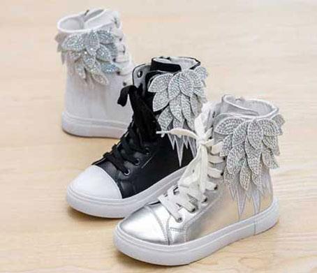 جدیدترین مدل های کفش زمستانی بچه گانه,شیکترین مدل های کفش زمستانی بچه گانه,نیم بوت