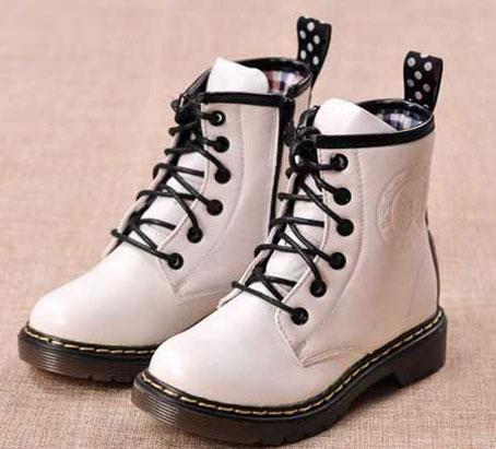جدیدترین مدل های کفش زمستانی بچه گانه,شیکترین مدل های کفش زمستانی بچه گانه