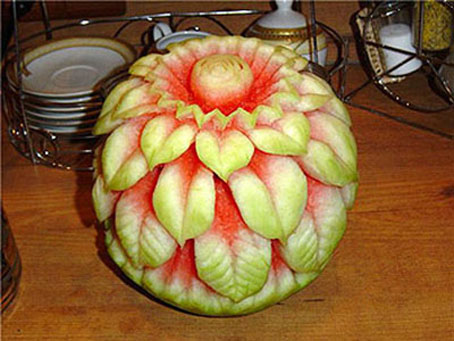 ساخت مدل های زیبای گل با هندوانه,آموزش کنده کاری روی هندوانه