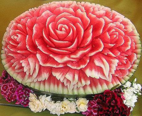 آموزش گلسازی با هندوانه,ساخت مدل های زیبای گل با هندوانه