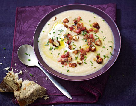 طرز درست کردن سوپ فندق و سیب زمینی,آموزش پخت سوپ فندق,پخت سوپ فندق