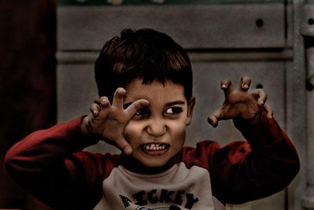 دلایل شرور بار آمدن کودکان,شرور شدن کودکان,برخی کودکان چرا شرور میشوند