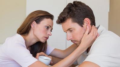 درخواست رابطه زناشویی از همسر,قایم کردم برخی مسائل از همسر