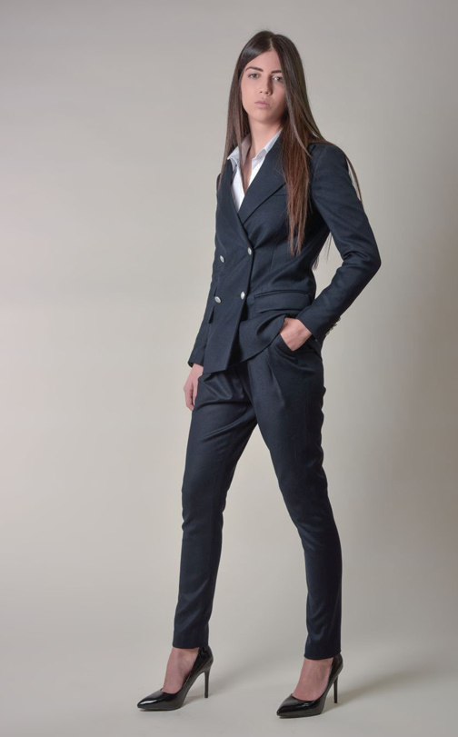 شیکترین مدل های کت و شلوار زنانه,کت و شلوار دخترانه,مدل لباس دخترانه