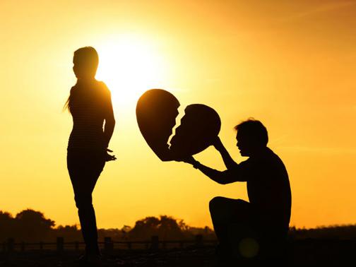 آخر عاقبت دوست داشتن یک طرفه,دلایل دوست داشتن یک طرفه