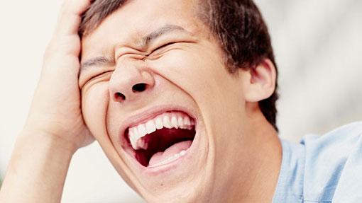 اثرات خنده روی اعصاب انسان,آرامش اعصاب با خنده