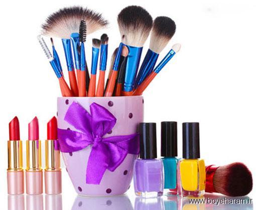سلامت پوست,زیبایی پوست,نکاتی درباره لوازم آرایش,راه های تمیز کردن لوازم آرایش,هر چند وقت یکبار باید لوازم آرایش خود را تعویض کنیم؟,
