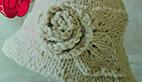 آموزش بافت کلاه دخترانه سفید کنار گلدار