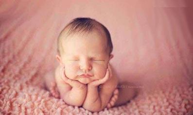 خواب شیرین نوزاد