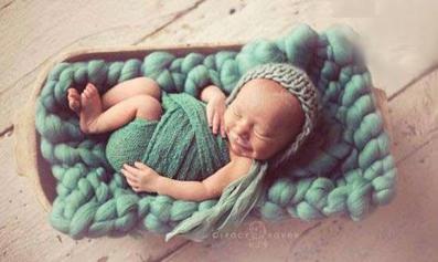 عکس شیرین نوزاد