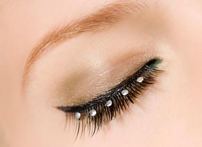 ریزش ابرو,عوامل اصلی ریزش موی ابرو,جلوگیری از ریزش موی ابرو