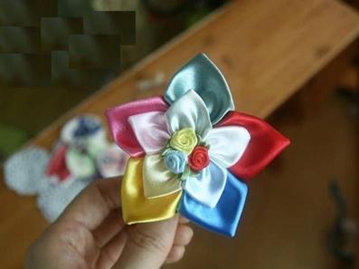 آموزش گل های روبانی,آموزش گلهای روبانی,ساخت گل روبانی