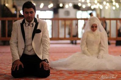 ایجاد علاقه نماز در زن,افزایش علاقه مردان به نماز,افزایش علاقه زنان به نماز