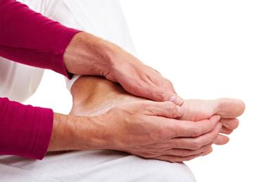 روش های طبیعی و بدون درد برای درمان درد پا