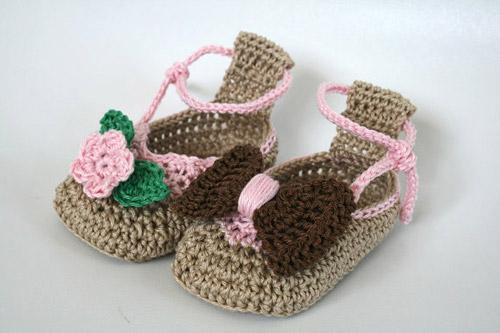 بافت کفش روفرشی نوزاد,بافت کفش روفرشی بچه گانه