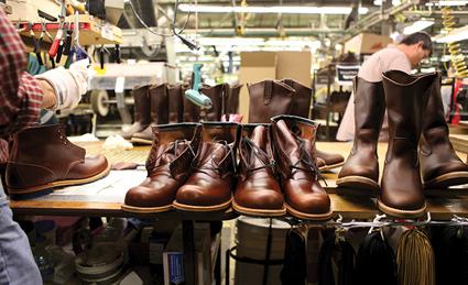 دوخت کفش,دوخت کفش چرم,دوخت کفش چرم مردانه