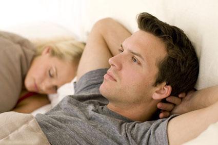 عوامل کاهش میل جنسی مرد,دلایل کاهش میل جنسی مرد,دلایل اصلی کاهش میل جنسی مرد