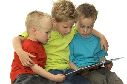 راهی ساده برای کتاب خوان کردن کودکان