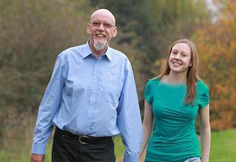 ازدواج دختر 15 ساله با یک مرد60 ساله,ازدواج دختر با پیر مرد,ازدواج با مرد60 ساله